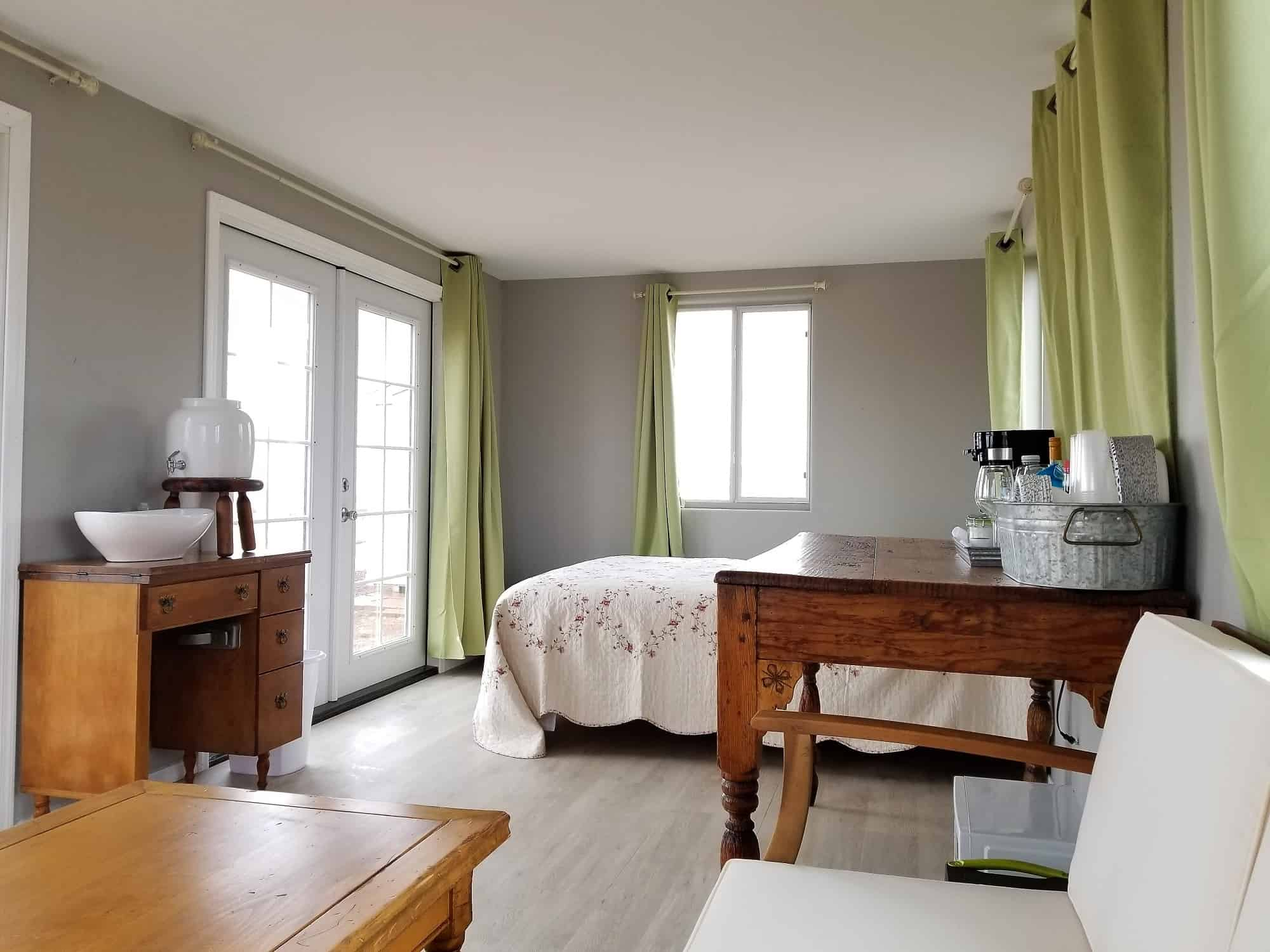 Sonoita Cottage interior