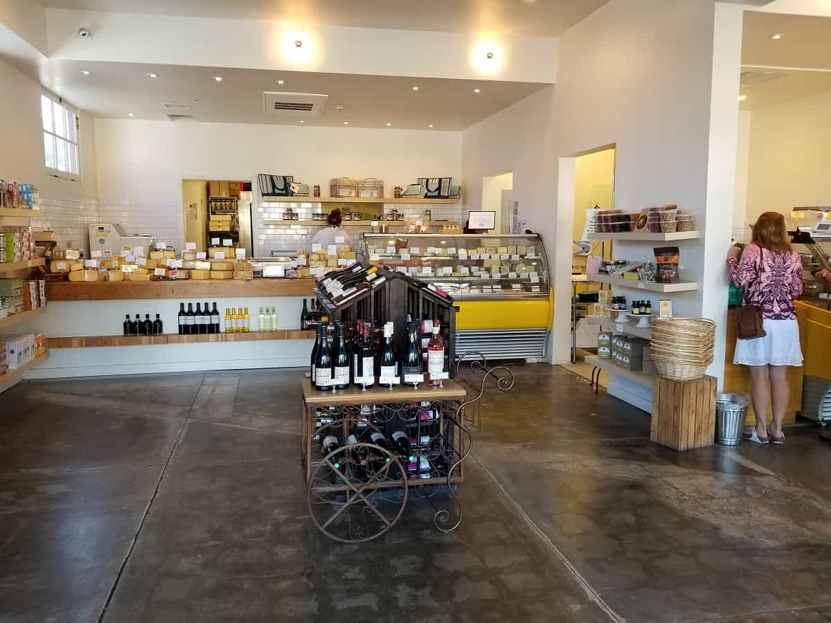 Inside C`est Cheese on Santa Barbara street