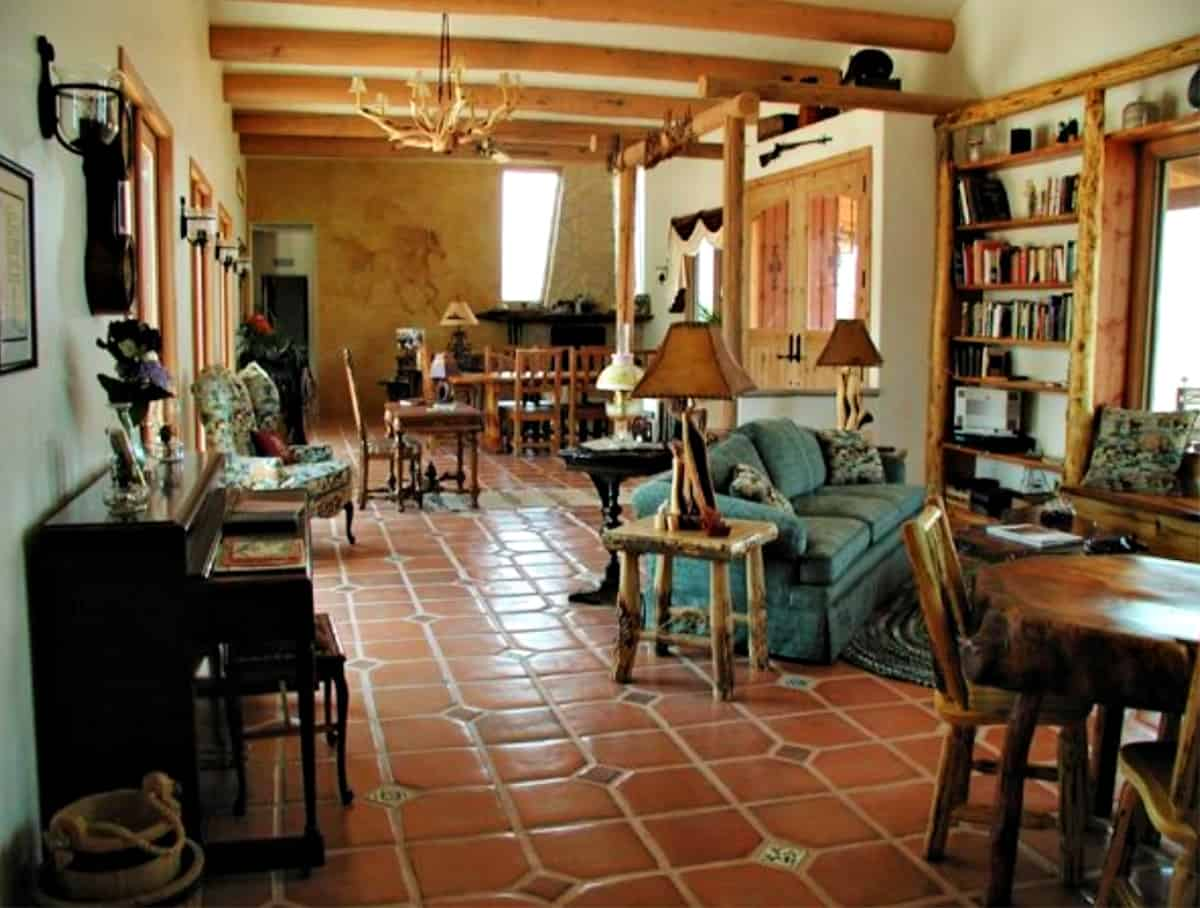 La Hacienda de Sonoita interior