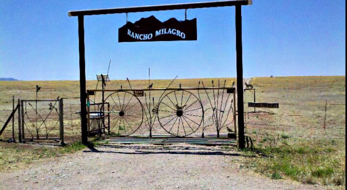 Rancho Milagro Gate