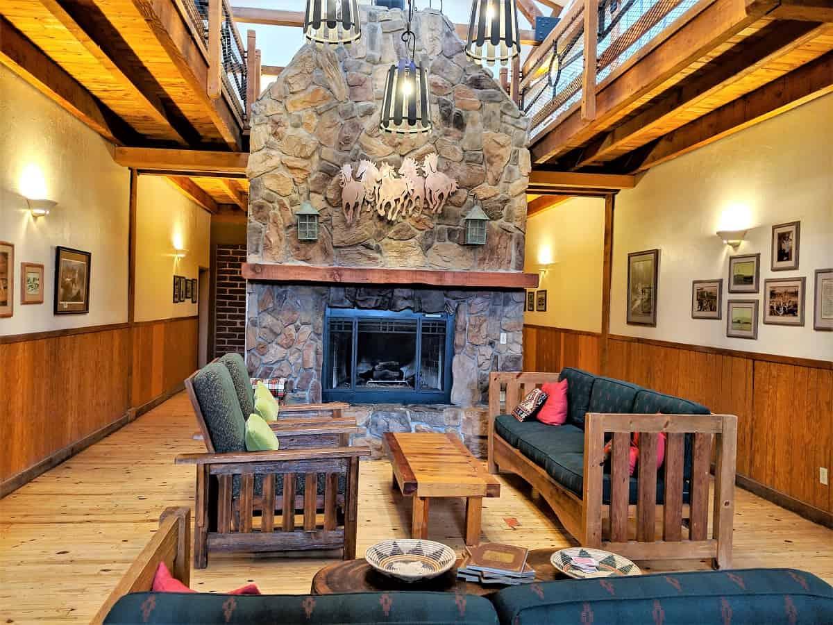 Sonoita Inn sitting area with fireplace