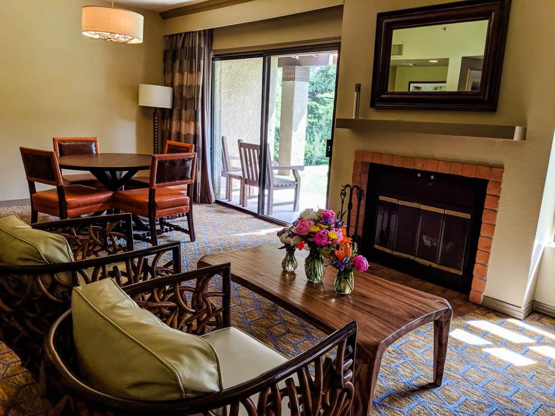 Dining area of Tucson Hilton El Conquistador Resort Bridal Suite