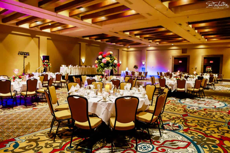 wedding reception centerpieces & settings